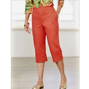 "Alfred Dunner Capri Pants ""PARROT CAY"" Coral"